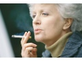 Even after cancer diagnosis, 1 in 10 survivors continues to smoke